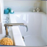 Cleaning Bathtubs